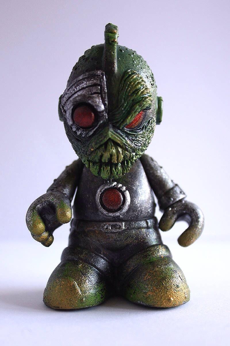 Don p Cy Alien 3 inch Bog bot