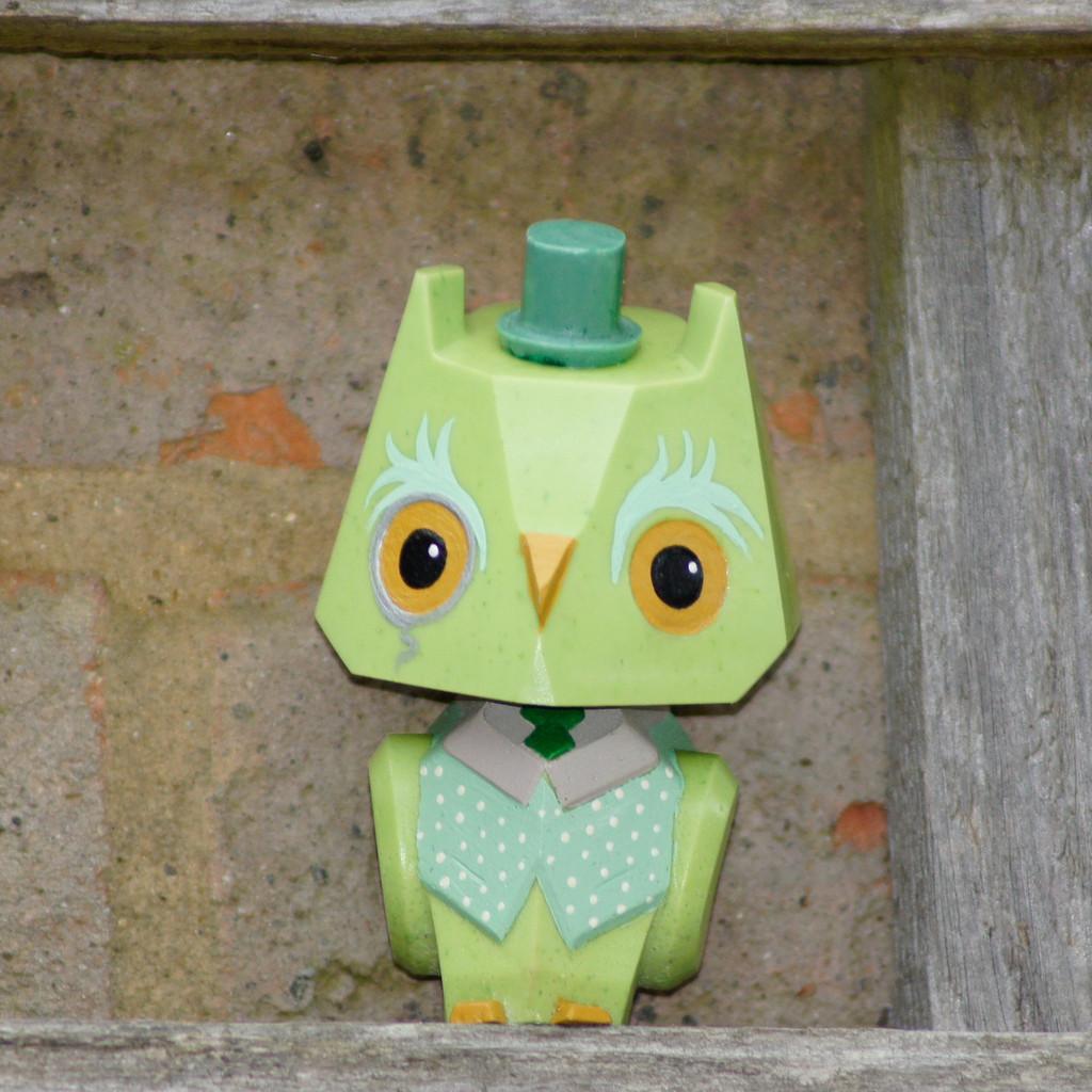 Nemori - 3 Pastel Gentleman Owl Light Green