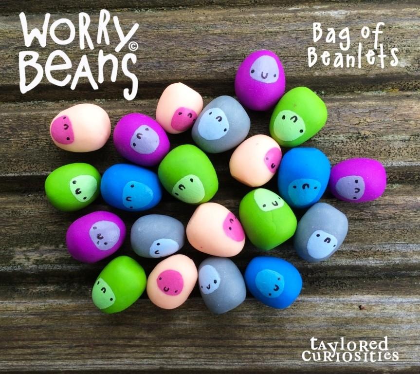bag_of_beanlets_bean_worry_bean_designer_toy_taylored_curiosities_kawaii_cute_sculpt_clay_colour_2_compressed (1)