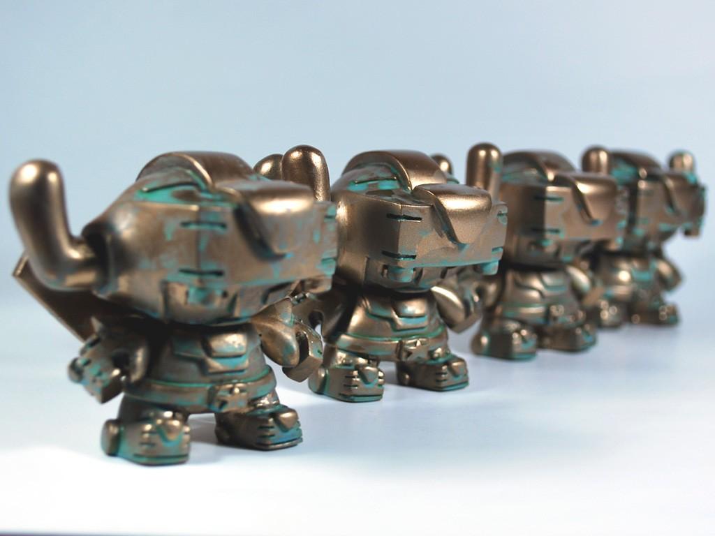 Bronze Voltron SEN customs