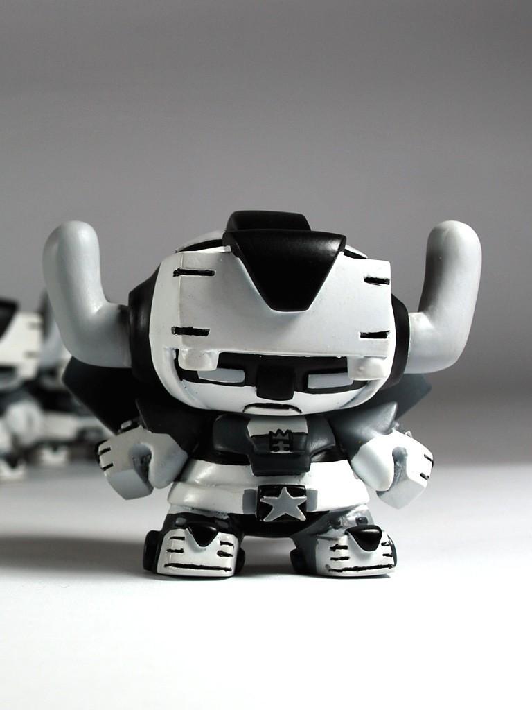 Voltron SEn Black and white