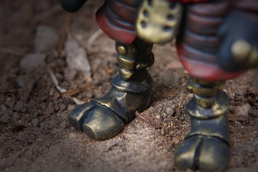 Ashigaru By UMEToys Kidrbot JPK Dunny Feet