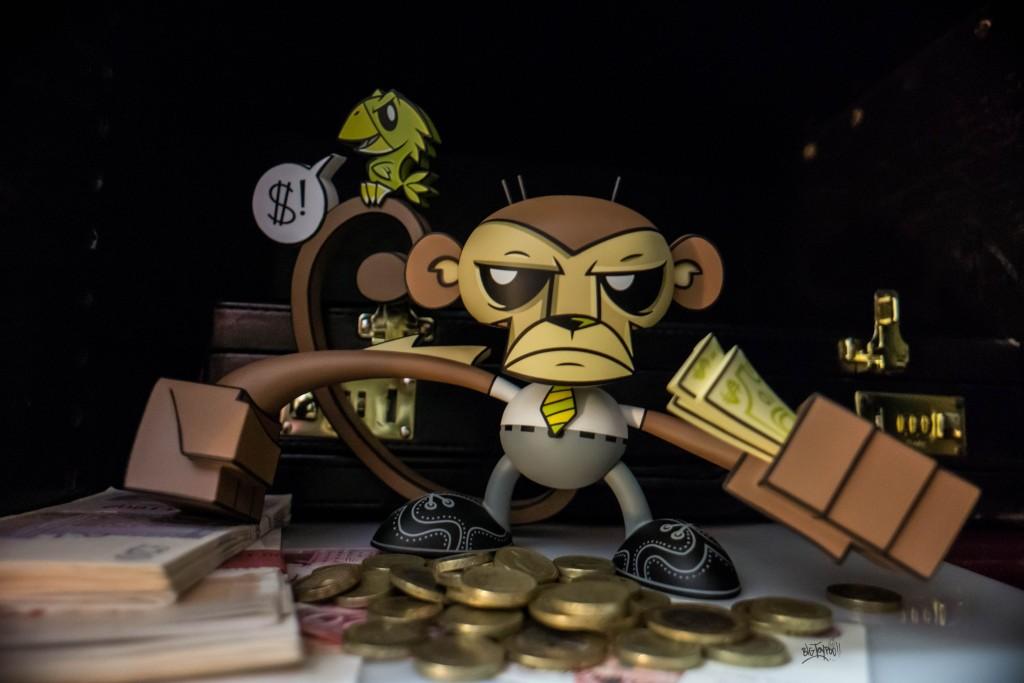 Munky-King-Joe-ledbetter-business-Monkey-4-BigToyPoo-The-Toy-Chronicle