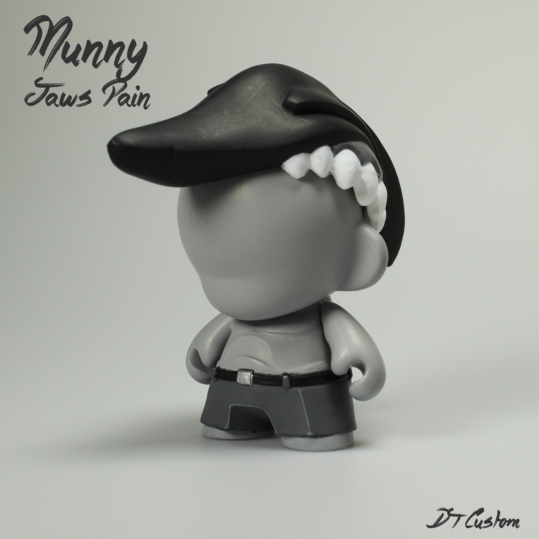MunnyJawsPain2