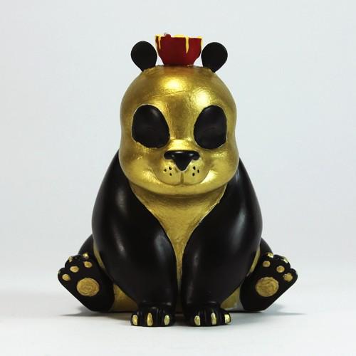 Noodles_The_panda_The_Real_Firestarter_Gold_Black_Gold