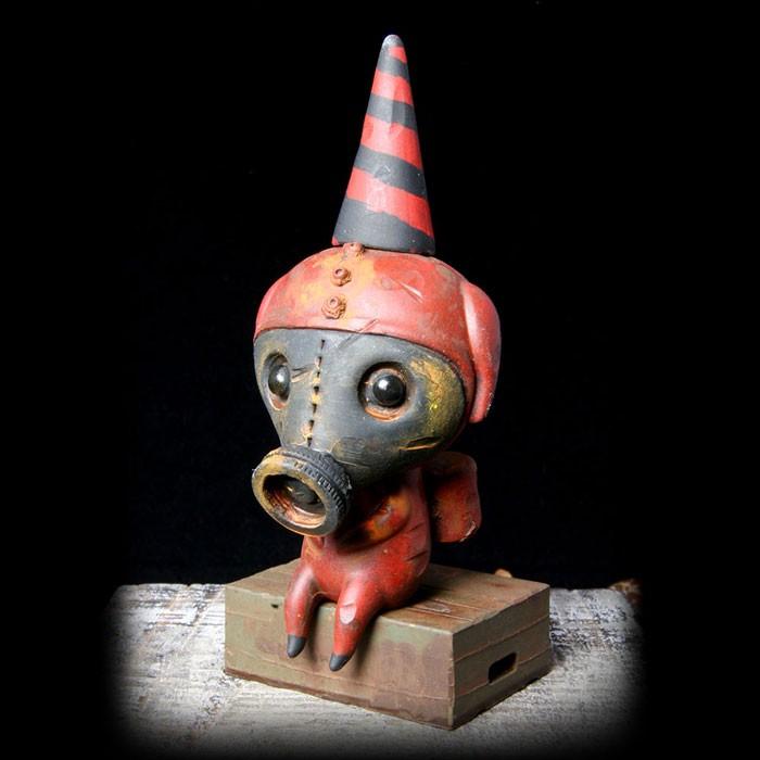 Drilone – Dark Red Gasmask Calliope Custom Wandering Misfit