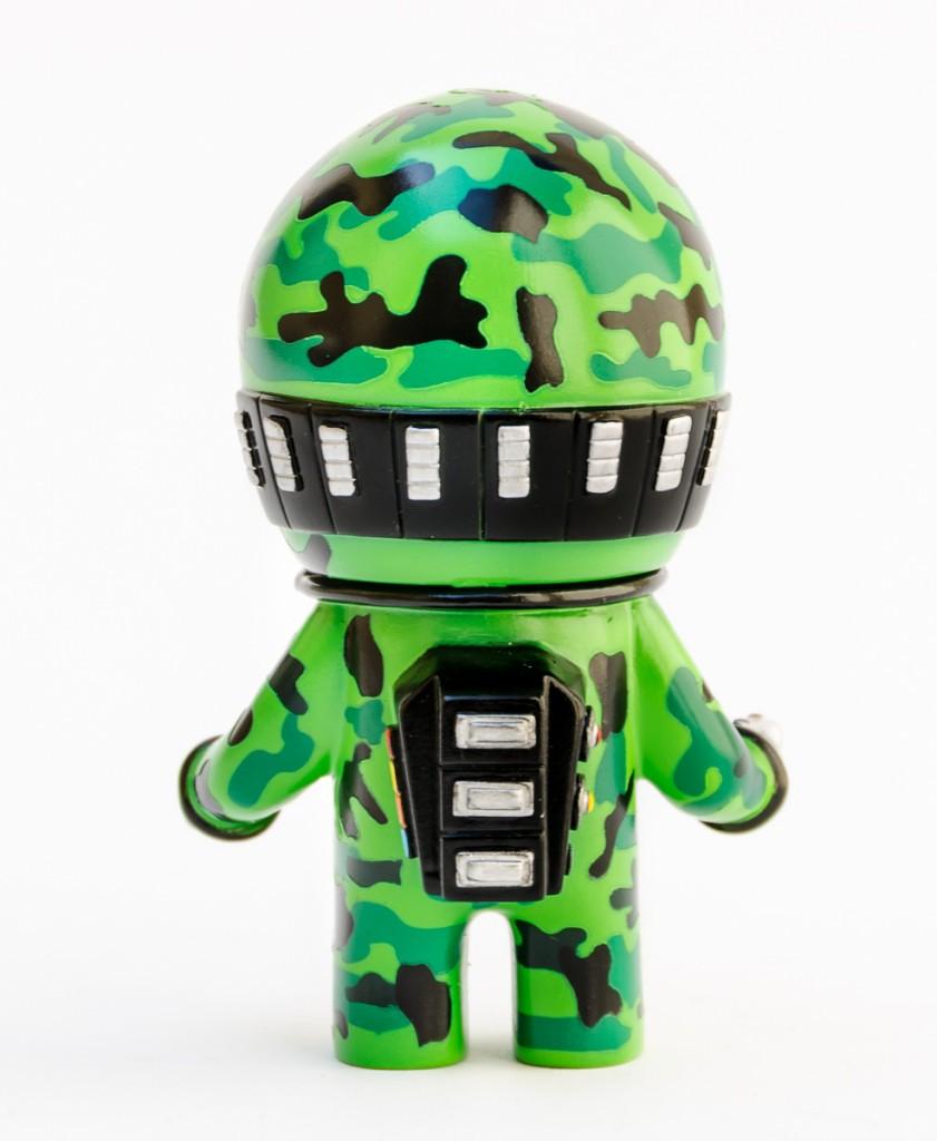 Itokin Park x Vinyl Pulse 10th Anniversary Exclusive Space Mode Man Camo back