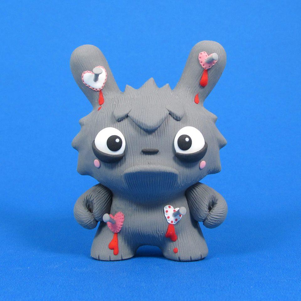 Jenn and Tony Bot Monstrosity Show Dunny Hearts Kidrobot