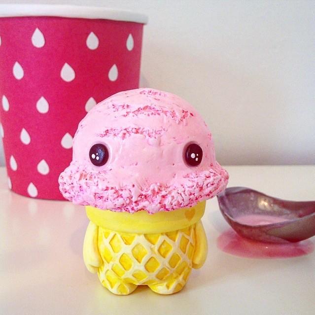 Ice Cream Man melodreama resin toy