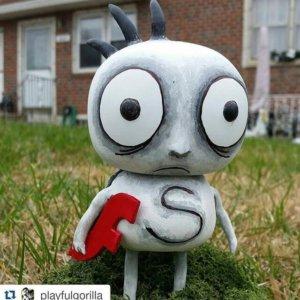 playfulgorilla_zukie