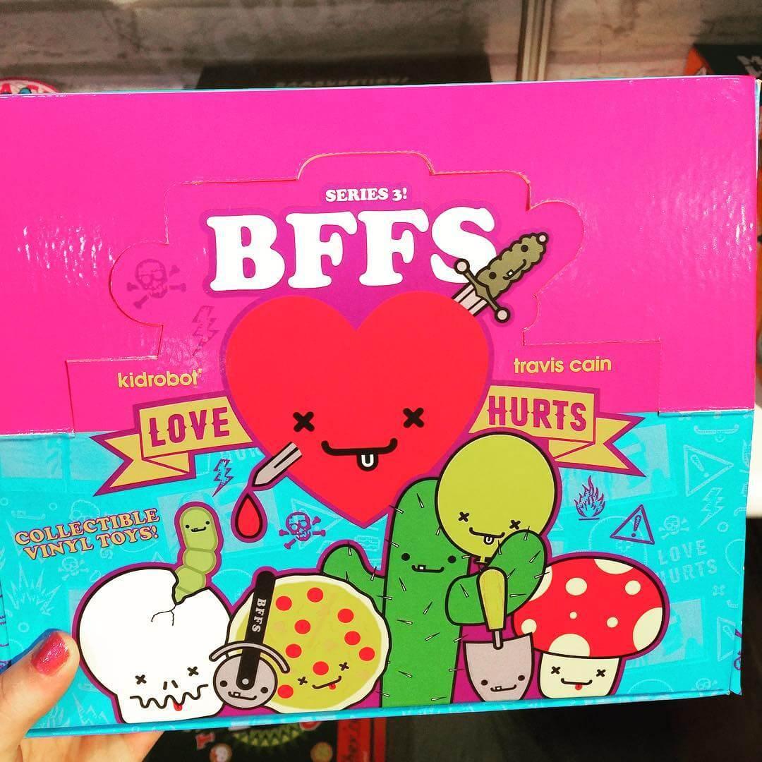 BFFS_LoveHurts