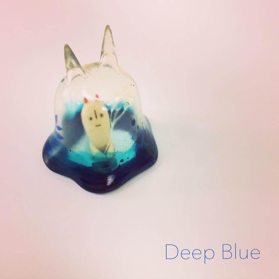 Moo Chuck By KKAMoxo x Toinz Chuck deep blue