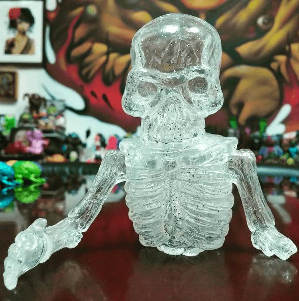 splurrt toy art gallery broken bones 3