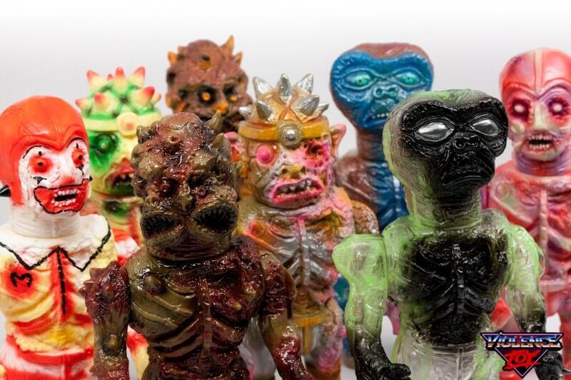 DOPPELGÄNGERS violence toys