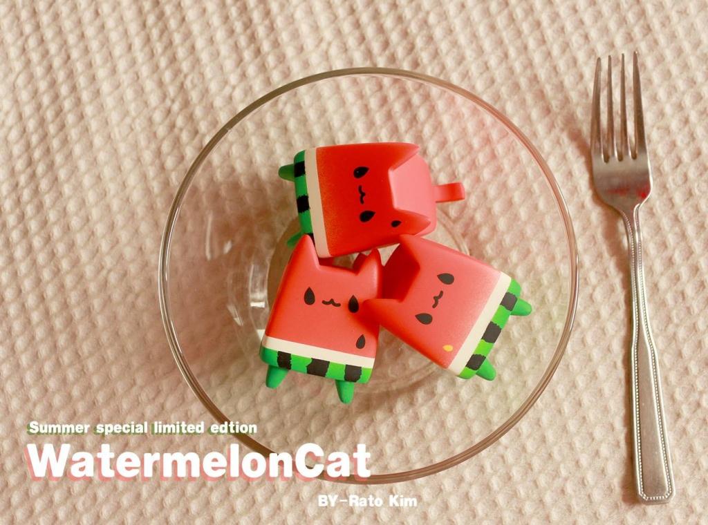 bowl WatermelonCat By Rato Kim breadcat toy