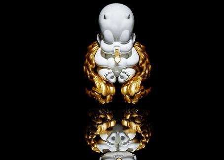 goldenbaby-by-golden8oy-studio-og-version-black-front