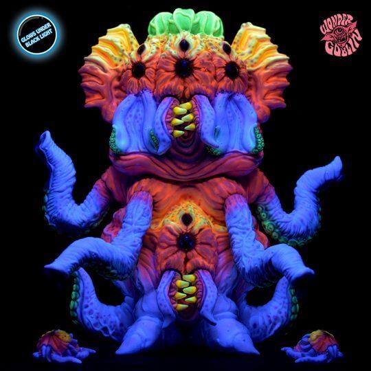 queen-hagopuss-wonder-goblin-toys-designer-con-2016-exclusive-black-light