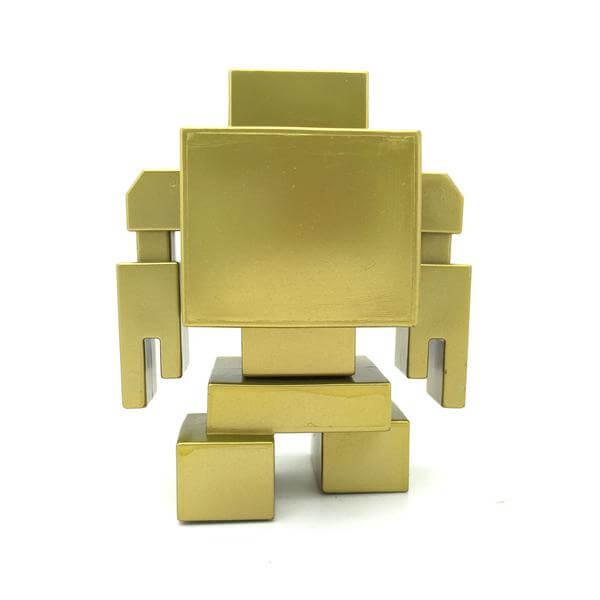 the-gold-lovebot-by-matthew-del-degan-x-mindzai-back