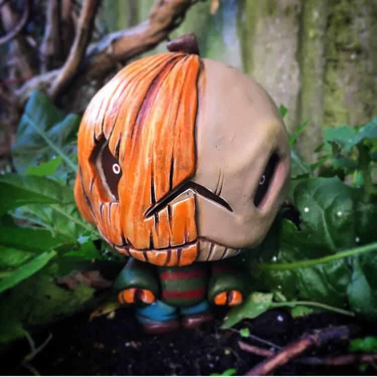 skully-pumpkin-czeetoyz