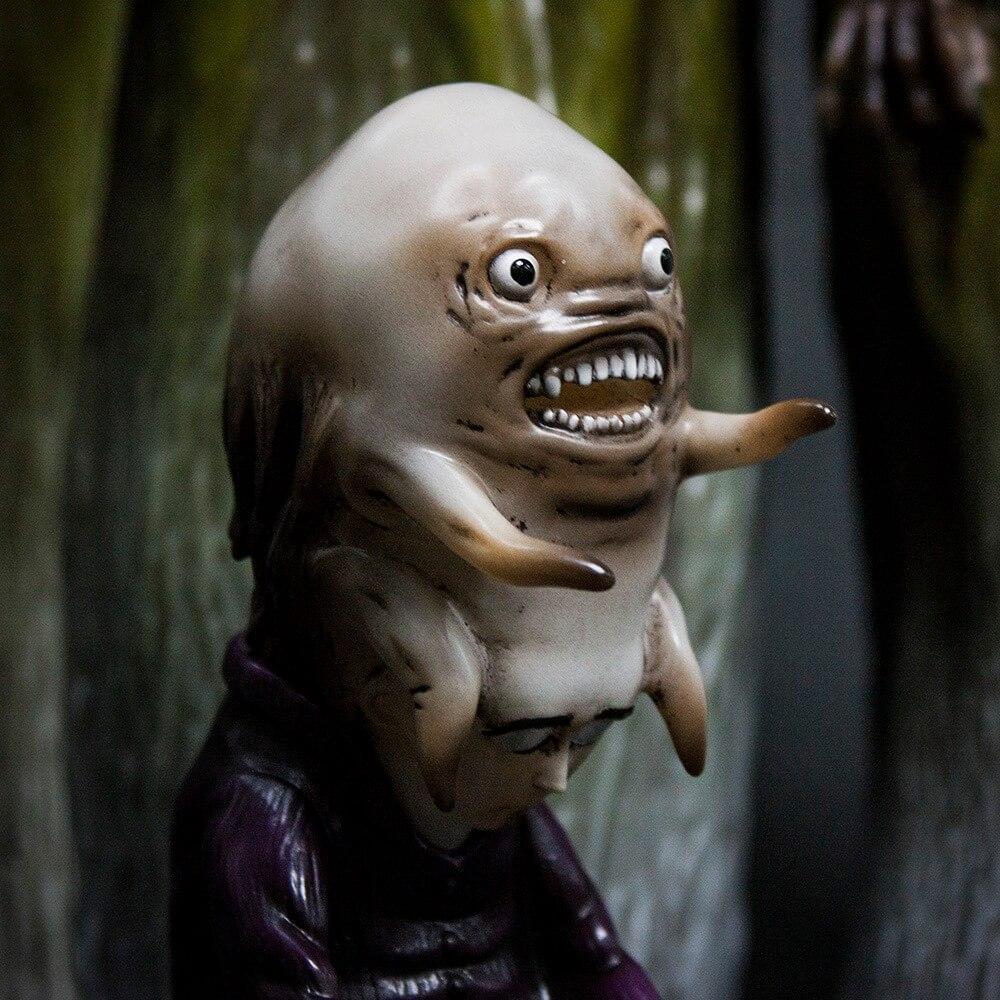 the-vampyres-nachzehrer-edition-by-john-kenn-mortenson-close-up