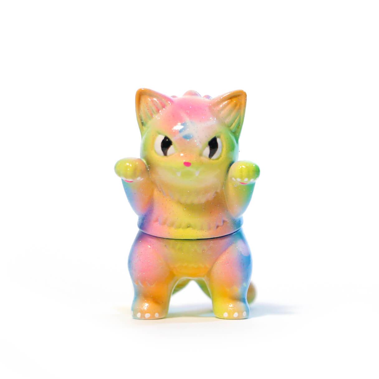 zkt-custom-neon-z-sparkle-konatsu-migora-kaiju-cat