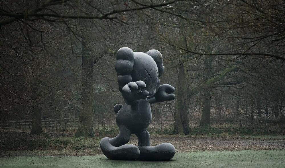 kaws_frieze-sculpture-final-days