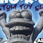 who-r-u-custom-toy-show-mothership-featured