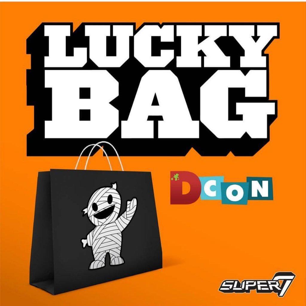 lucky-bag-super7-dcon-2017