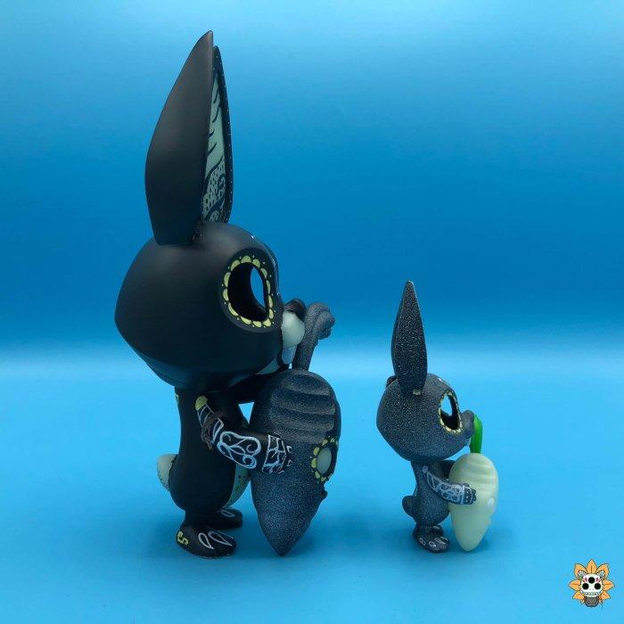 conejitos de la muerte death bunnies By Ink Visuals COARSE x PLAYHOUSE Nibble and Root GID side