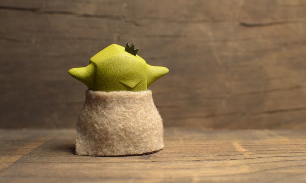 YODMICRO By Frank Montano YODA STAR WARS RESIN TOY r242