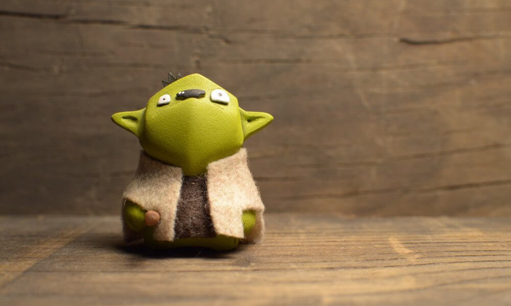 YODMICRO By Frank Montano YODA STAR WARS RESIN TOY r24245