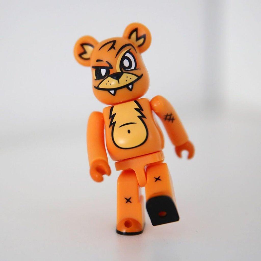 dcon-ringo-bearbrick-artist-series-joe-ledbetter-front