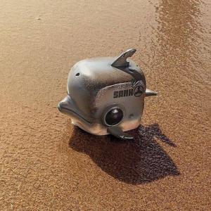 Cube-Dolphin-Ocean-Pollution-sanktoys
