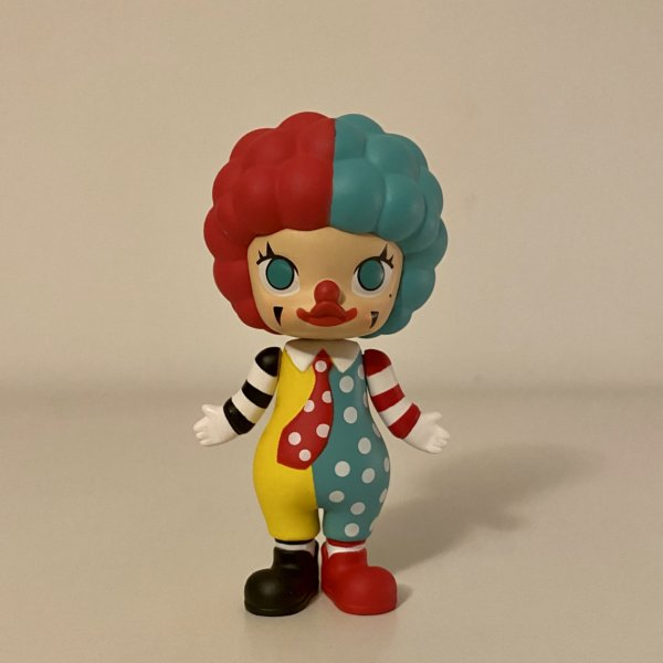 clown-classic-molly-career-series-two-popmart