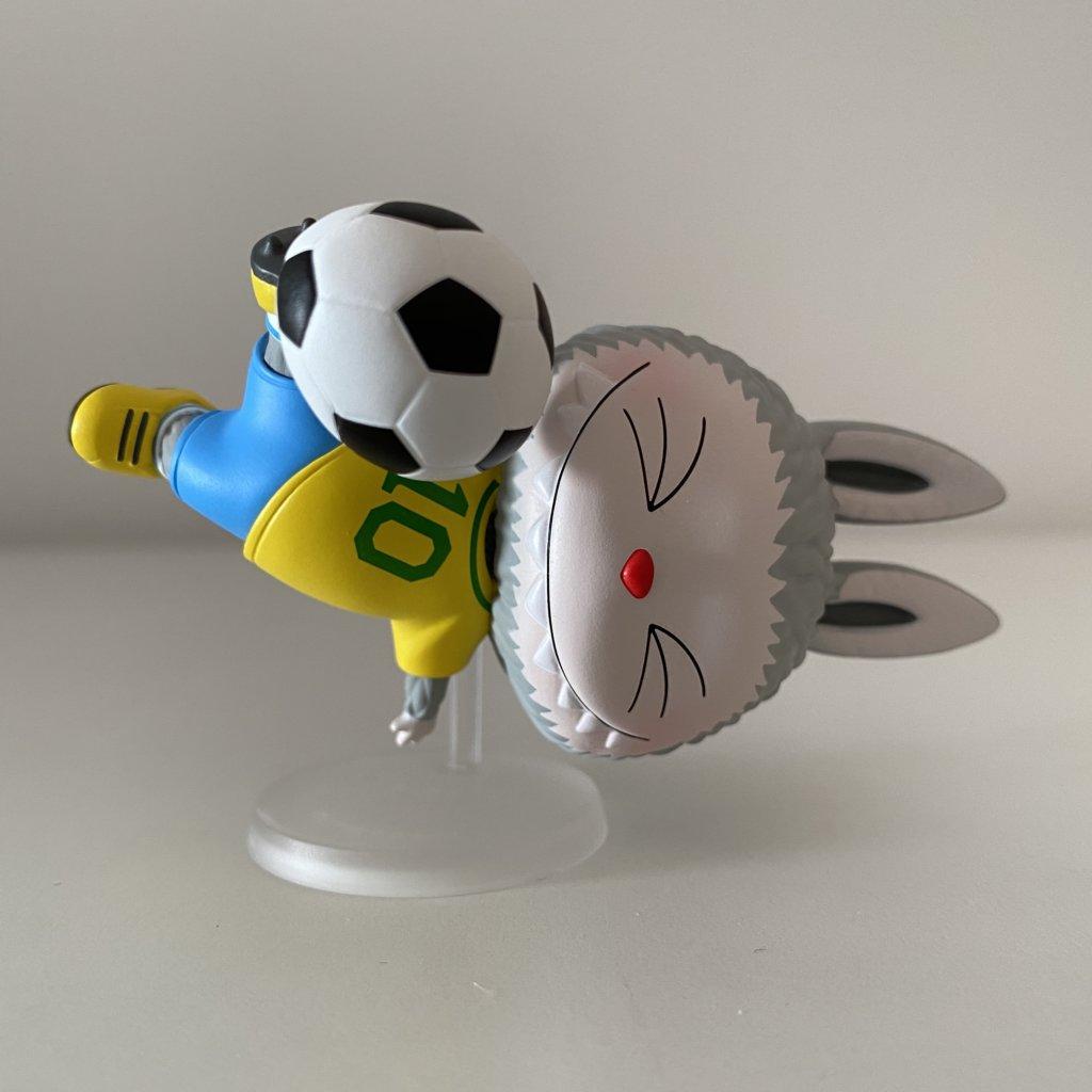 labubu-sports-popmart-kasinglung-football