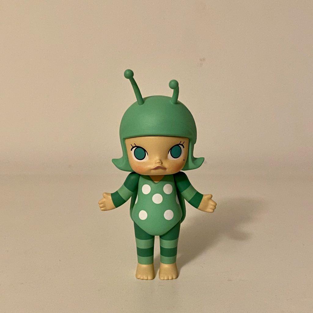 molly-bugs-s1-popmart-kennyswork-green-beetle