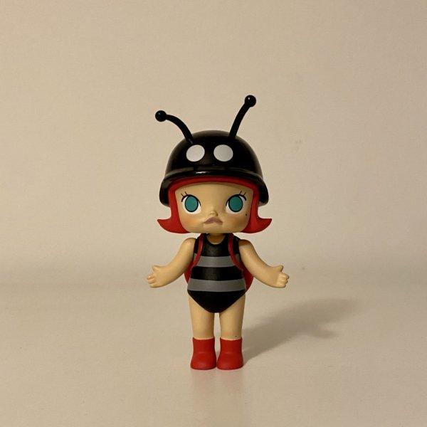 molly-bugs-s1-popmart-kennyswork-lady-beetle