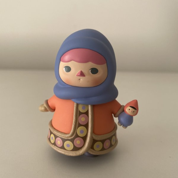 pucky-winter-babies-popmart-dolly