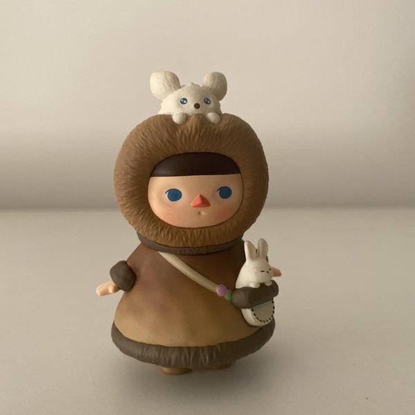 pucky-winter-babies-popmart-eskimo-baby