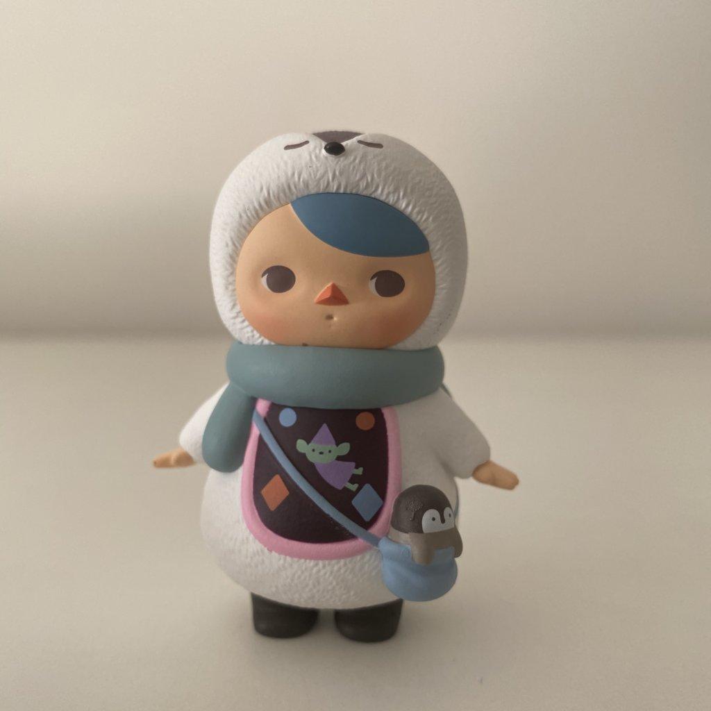 pucky-winter-babies-popmart-penguin-baby