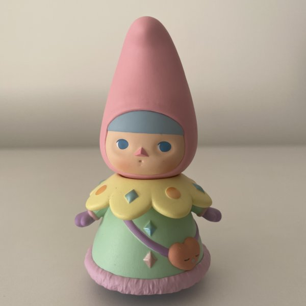 pucky-winter-babies-popmart-pink-baby