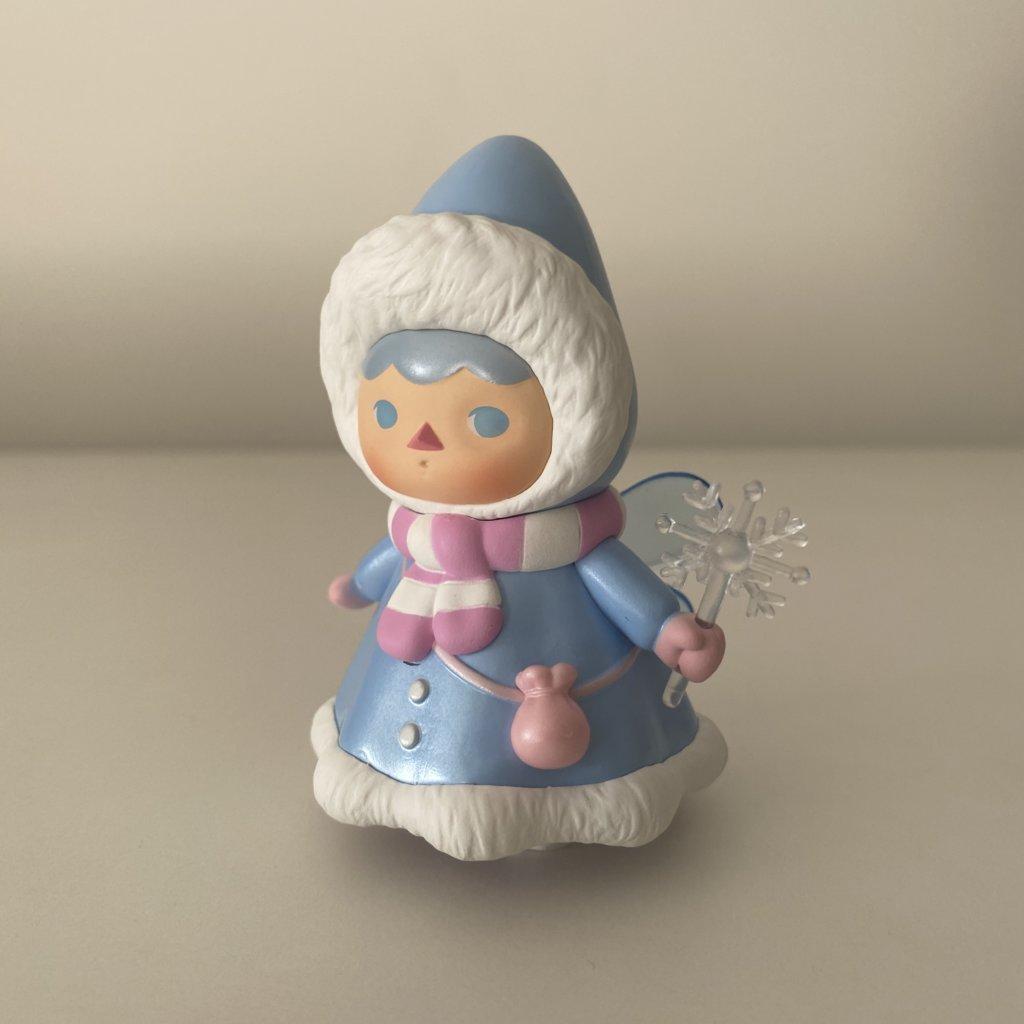 pucky-winter-babies-popmart-snow-baby