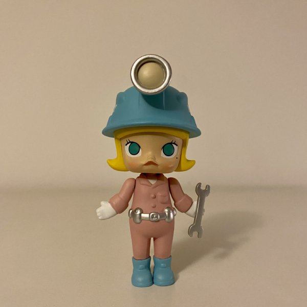worker-pink-molly-career-series-two-popmart