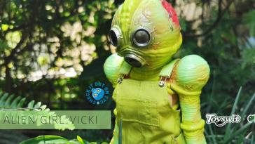 alien-girl-vicki-toyswit-featured
