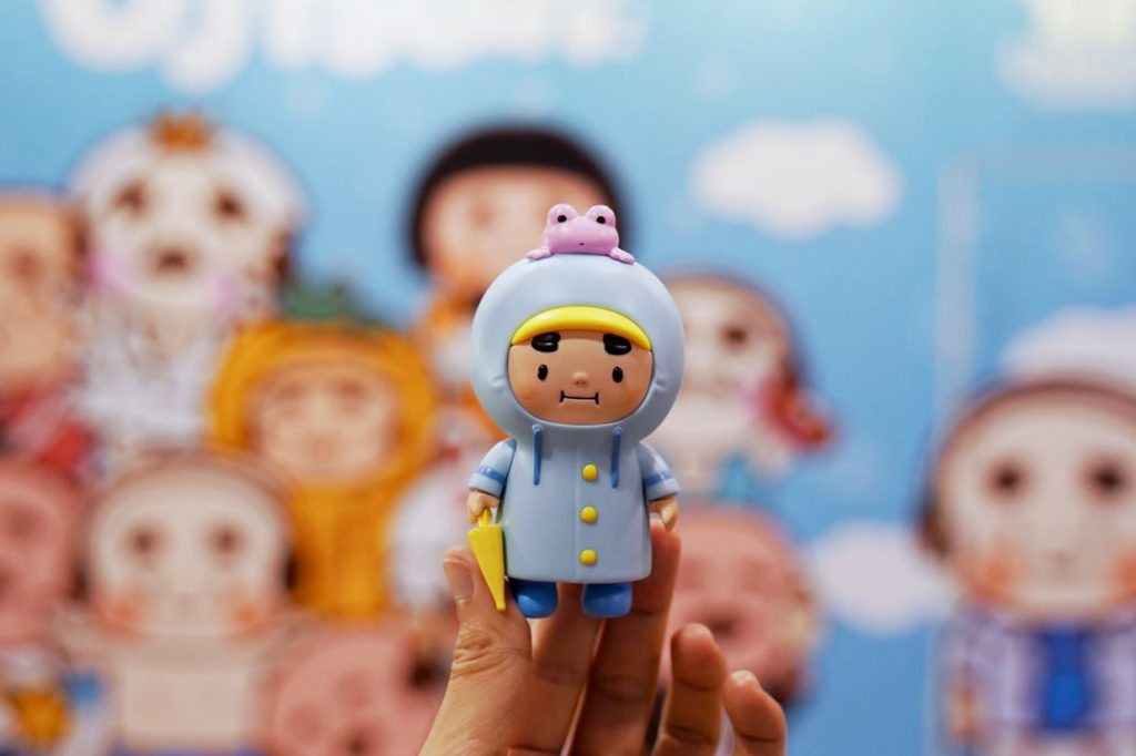 Online Shop Trend Now CHUBBY-OJISAN-Blue-Raincoat-Edition-by-AMBER-x-Unbox-Industries-Online-Release-The-Toy-Chronicle-2021-re-1024x682 The Toy Chronicle   CHUBBY OJISAN Blue Raincoat Edition by AMBER x Unbox Industries Online Release