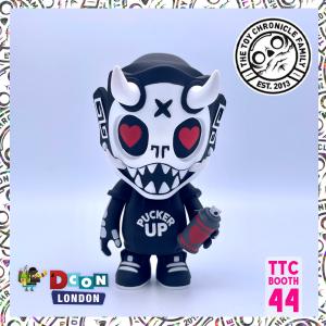 pucker-up-puck-christopher-luke-dokebi-strangecattoys-ttc-designercon-london-1